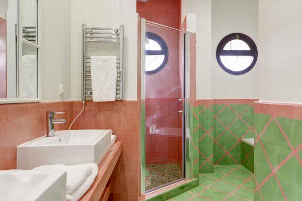 room5bathroom